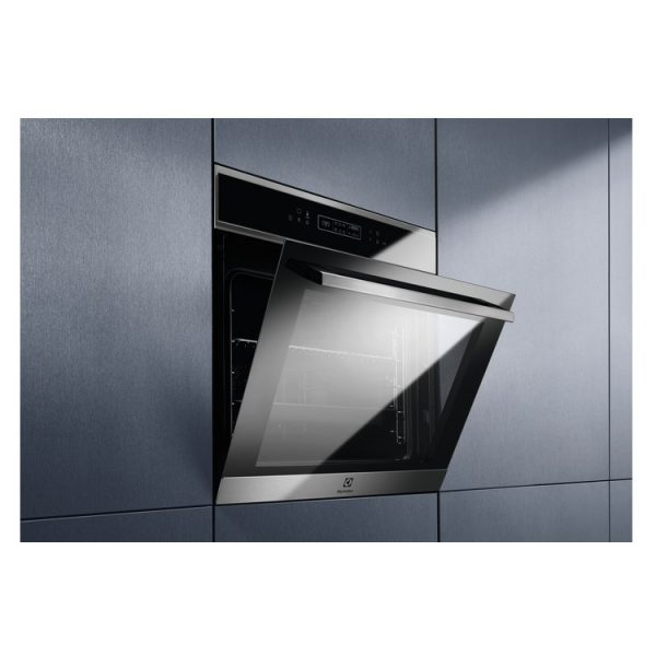 Electrolux Built In Single Pyrolytic Multifunction Oven