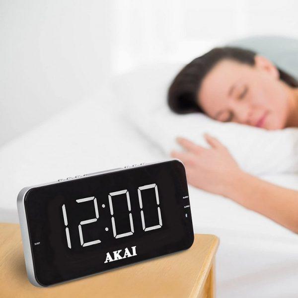 AKAI Large LED Alarm Clock Radio