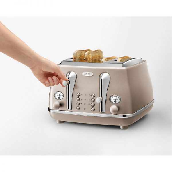 DeLonghi Icona Metallics Toaster Beige